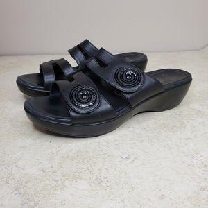 Dansko Wedge Leather Open Sandal Size 40 Black
